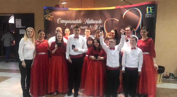 Campionatele Nationale de 10 dansuri 13-14  Aprilie